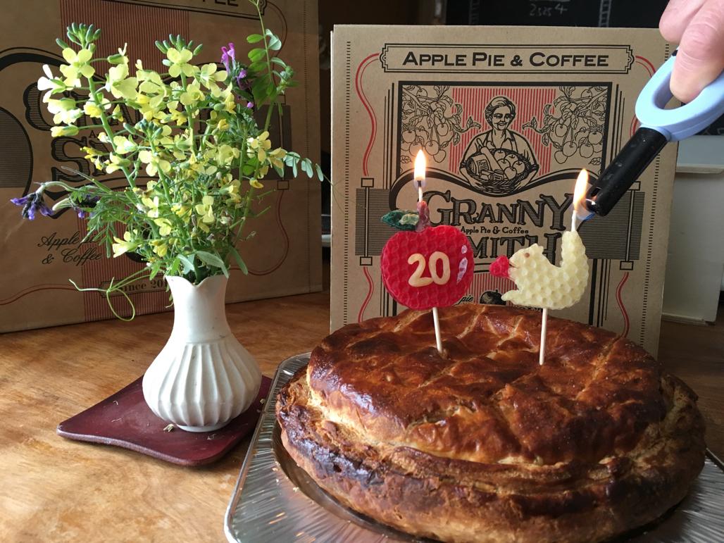誕生日ケーキのキャンドル